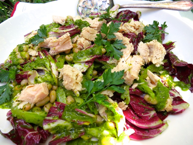 White Bean And Tuna Salad With Radicchio And Parsley Vinaigrette ...