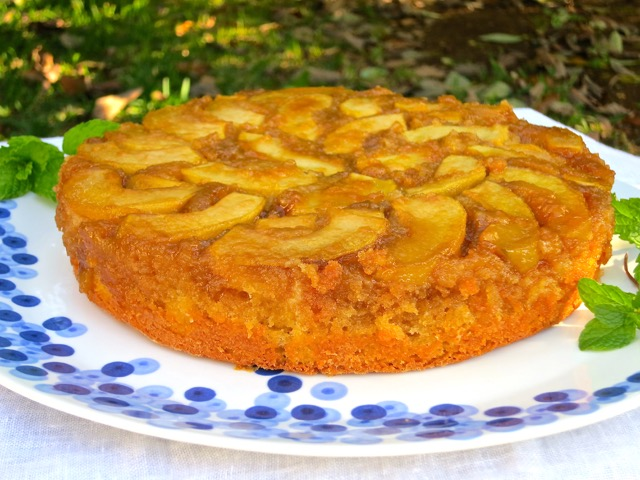 Maple Apple Upside-Down Cake